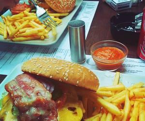 food, hamburger, and foodporn image