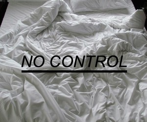 pale, style, and no control image