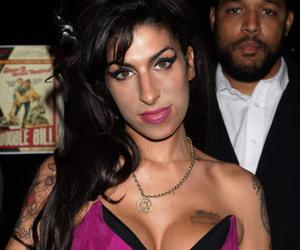 Amy Winehouse, eyes, and jewish image