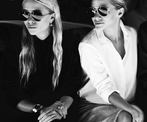 fashion, ashley olsen, and mary kate olsen image