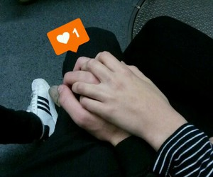 beautiful, couples, and hand image
