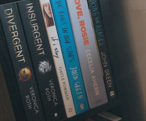 books, insurgent, and lily collins image