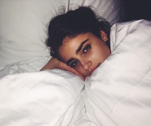 taylor hill, model, and bed image