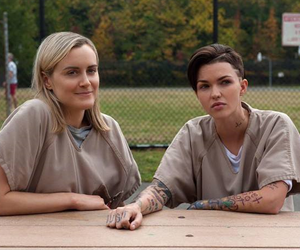 oitnb, piper, and rose image