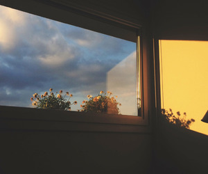 aesthetic, sky, and yellow image