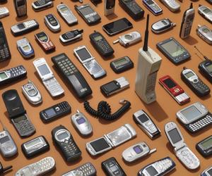 grunge and phone image