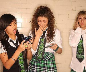 school gyrls and cute image