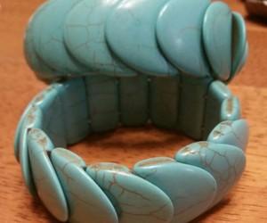 turquiose bracelet image