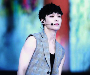 exo, k-pop, and lay image