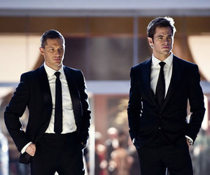 chris pine, tom hardy, and this means war image