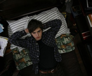 freddie highmore and the art of getting by image