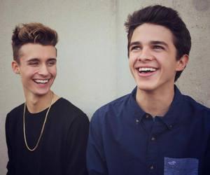 brent rivera and weeklychris image
