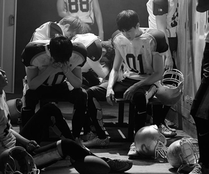 exo, love me right, and chanyeol image