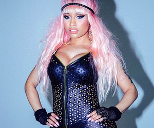 nicki minaj and pink hair image