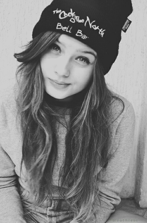 Fille Swag En Noir Et Blanc On We Heart It
