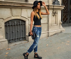 outfit, black, and girl image