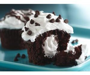 buttercream, dessert, and chocolate image