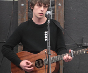 jake bugg and boy image