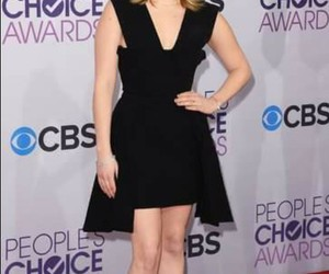 red carpet, red carper, and peoples choice awards image