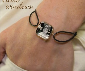 bracelet, jewelry, and Resin image
