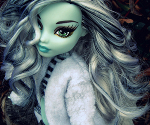 monster high and frankie stein image