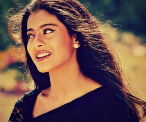 bollywood, kajol, and Queen image