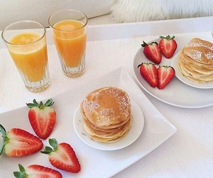 breakfast, strawberry, and pancakes image