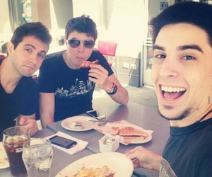 willyrex, alexby11, and vegetta777 image