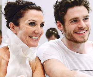 richard madden and michelle fairley image