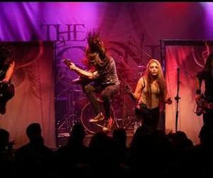 live, chris kells, and metal image