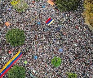 caracas, fight, and freedom image