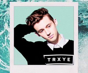 beach, edit, and troye sivan image