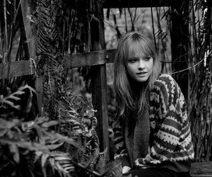 lucy rose image
