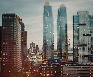 city, grunge, and buildings image