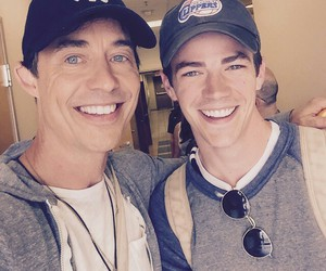 grant gustin and tom cavanagh image