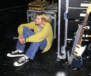 grunge, heart, and nirvana image