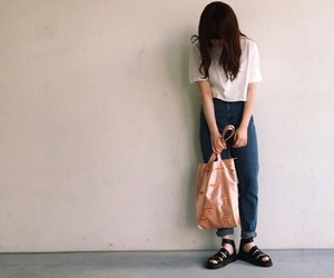 Image by n.k.