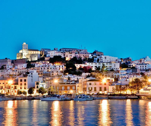 ibiza and party image