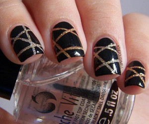 and, nails, and oro image