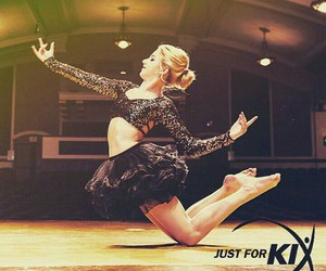 dance and chloe lukasiak image