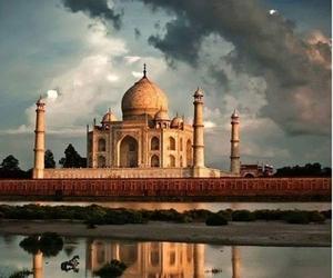 taj mahal and india image