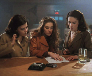 girls, lynch, and Twin Peaks image