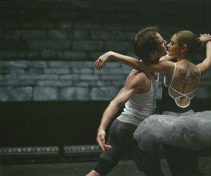 Mila Kunis, ballet, and black swan image