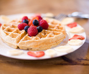 waffles, food, and raspberry image