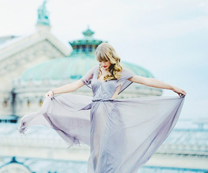 Taylor Swift, begin again, and dress image