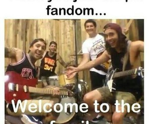 family, pierce the veil, and funny image