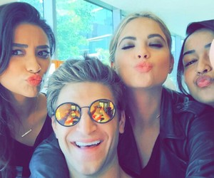 pretty little liars, pll, and friends image