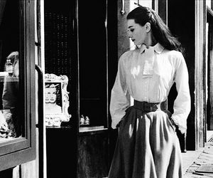 body and style audrey hepburn image