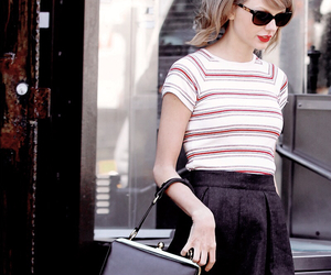 fashion and Taylor Swift image