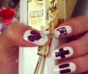 justin bieber, the key, and nails image